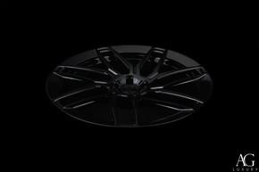 agl35-gloss-black-monoblock-aero-flange-agluxury-wheels-03.jpg