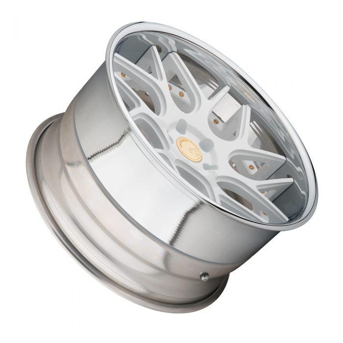 F411-Lucido-White-SPEC2-lay-1000-700x700