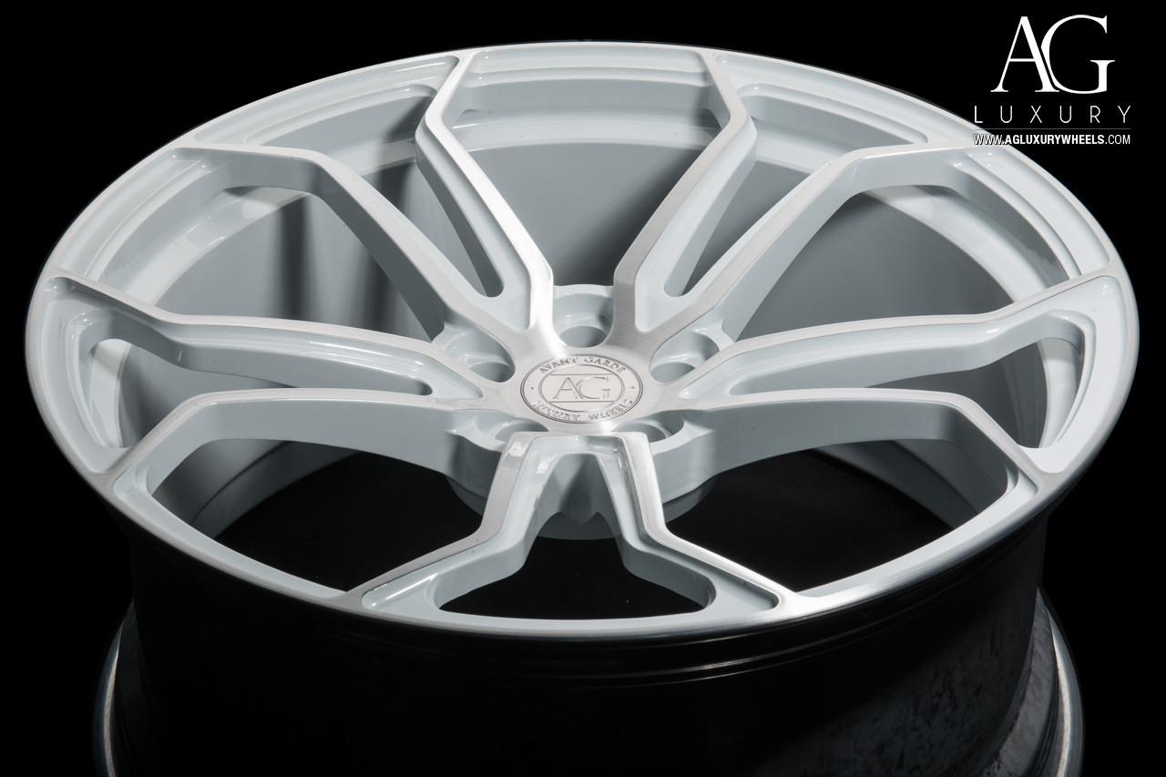agl32-monoblock-brushed-gloss-white-acce
