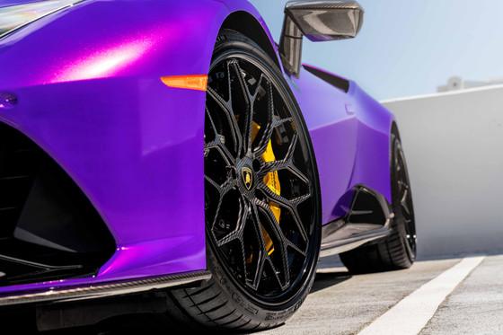 AG MC Purple Huracan Carbon EVO 9.jpg