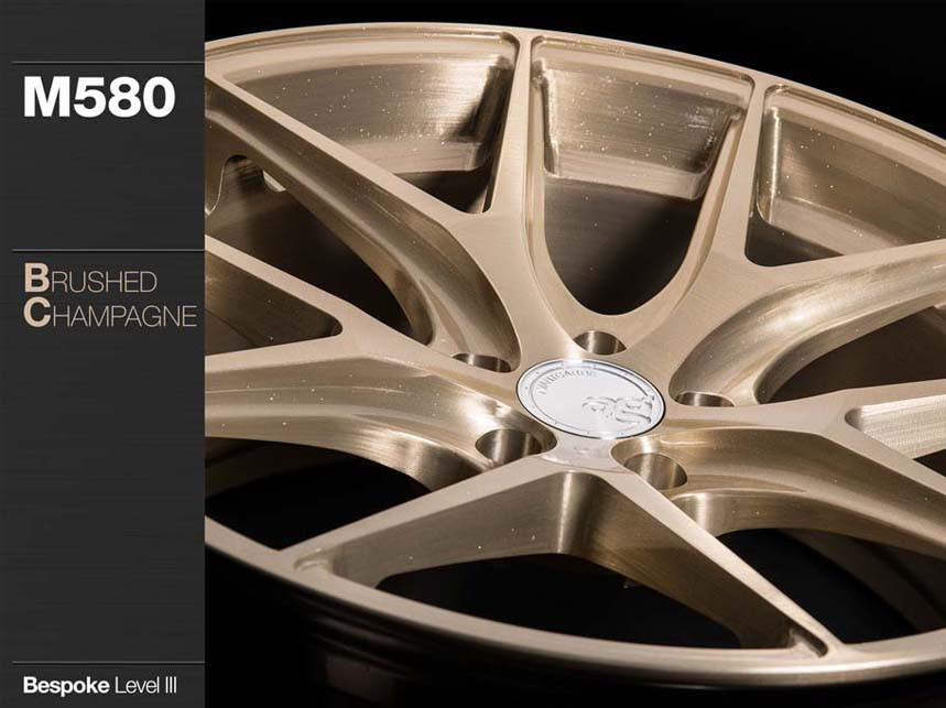m580-brushed-champagne_finishes.jpg