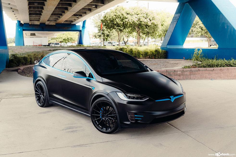 tesla-model-x-m615-matte-black-avant-garde-wheels-01.jpg