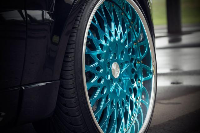 f240-mirrorturquoise-rrsport-wheel.jpg