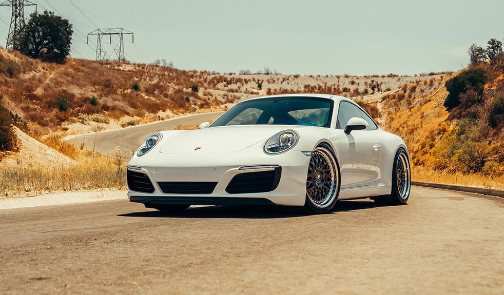 porsche-911-carrera-991-f141-brushed-ddt2-chrome-lip-avant-garde-wheels-01.jpg