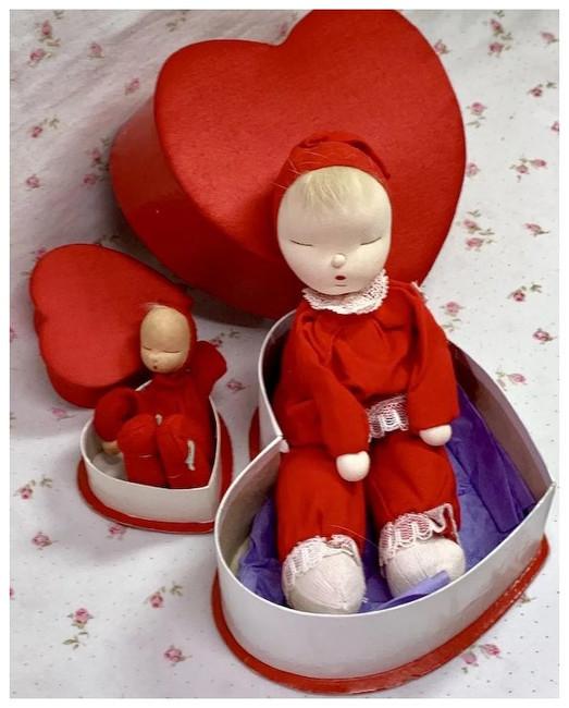 Extremely RARE * 2 Shackman RED Valentine Heart Sleepy Dolls 1959