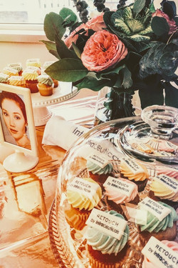 retouch event cupcakes