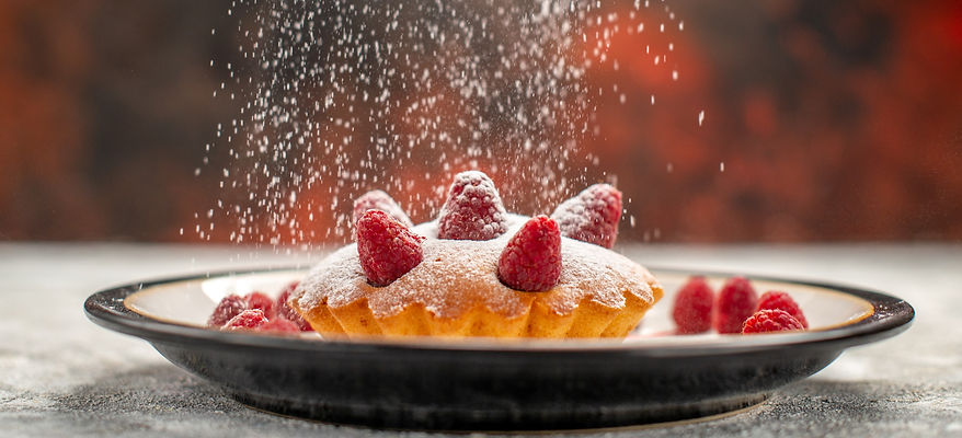 front-view-berry-cake-with-sugar-powder-