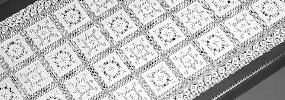 caminho-de-mesa-croche-decorativo.png