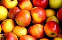 apple-apples-close-up-162806.jpg
