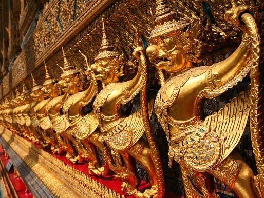 Wat Phra Keo (Emerald Buddha)