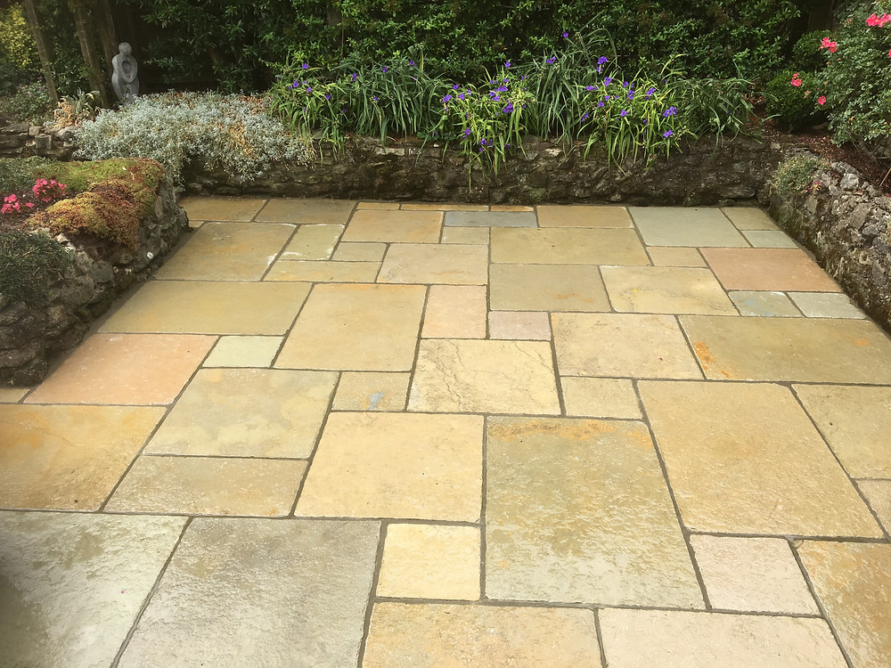 Limestone tumbled paving