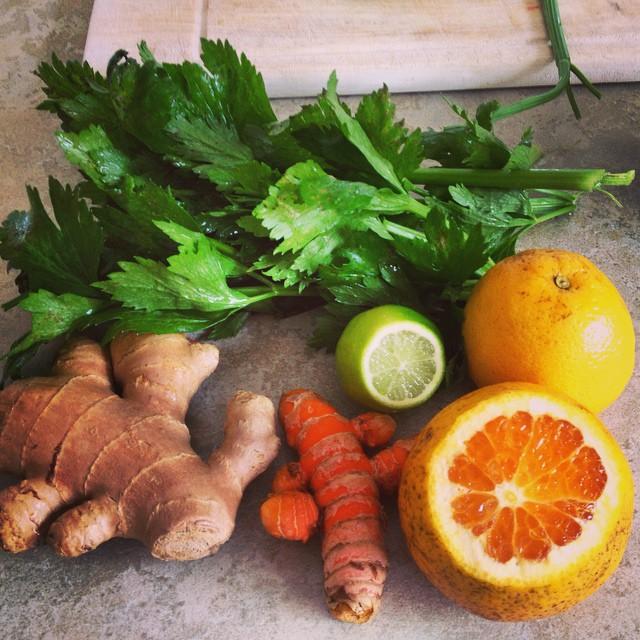 #greenjuice #winteriscoming #vitality #detox #antiinflamatory #organic #fresh #ginger #lime #orange