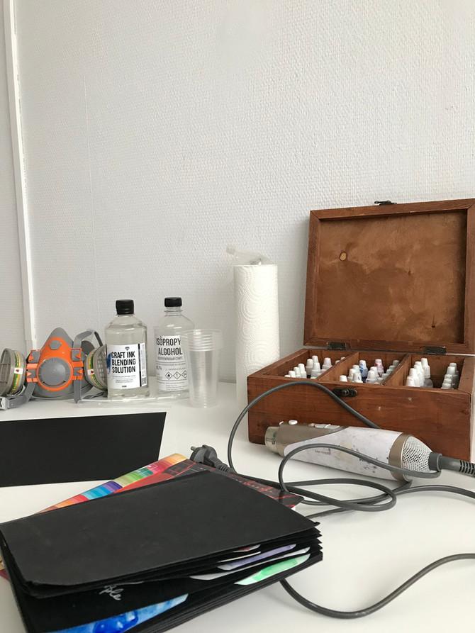 """Список необходимых материалов для рисования в технике """"Алкогольные чернила"""""""