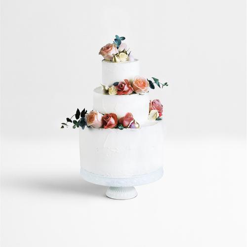 Pastel de capas decorada