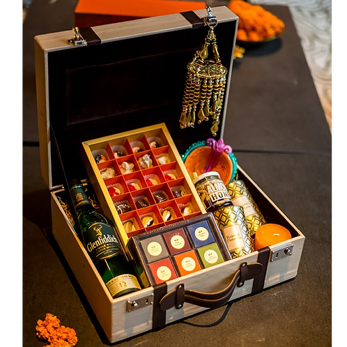 Pullman Luxury Hamper