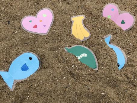 砂場で宝探し❗️