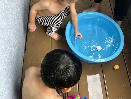 水遊び楽しいね!