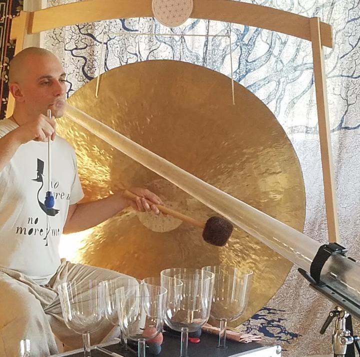 Gong et didgeridoo en cristal