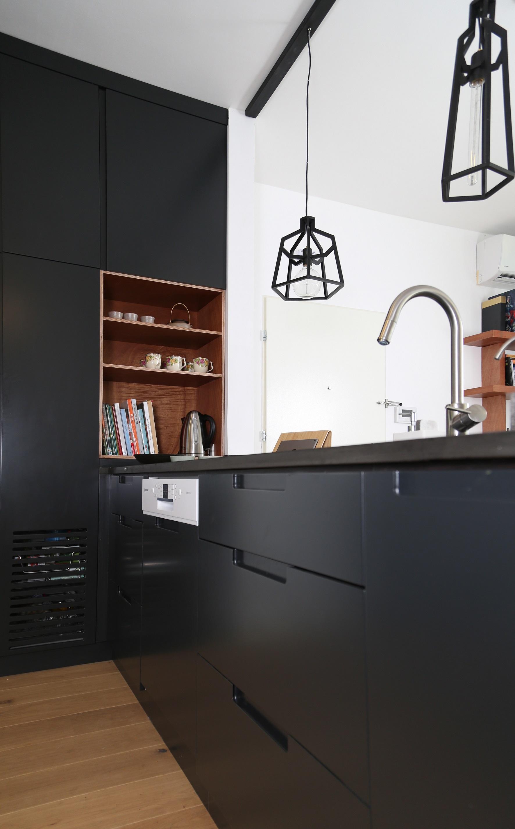 מבט אל המטבח 4