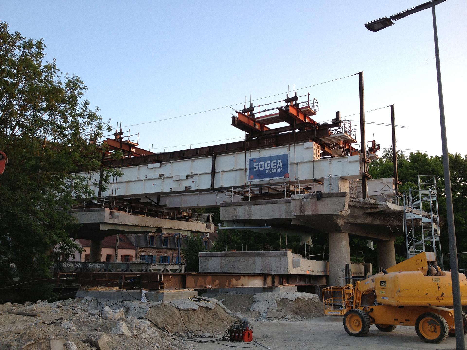 Beauvais Pont de Paris Cintre Demolition