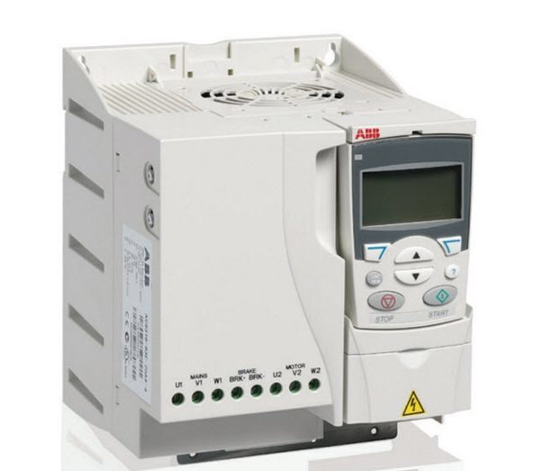 ACS310 5.5kW Frekans invertörü ACS310-03E-13A8-4