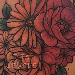 CLOSEUP of Ombre Flower tattoo by Tita Jewels