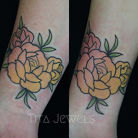 Matching Sister Ombre Rose tattoos by Tita Jewels