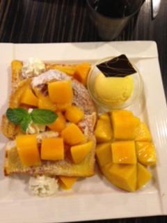 Shark Bites Toast Mango