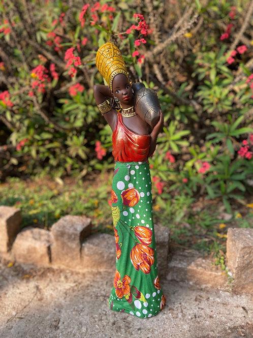 Africana em Pé com Saia de Chita - Verde