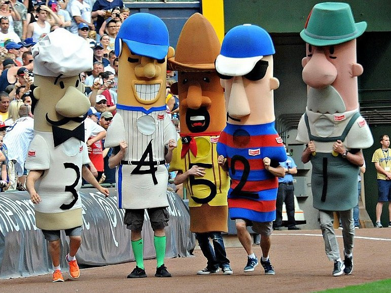Sausage race Brewers