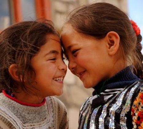 Orphan+girls+in+Ghazni++-AY+photo+.jpg