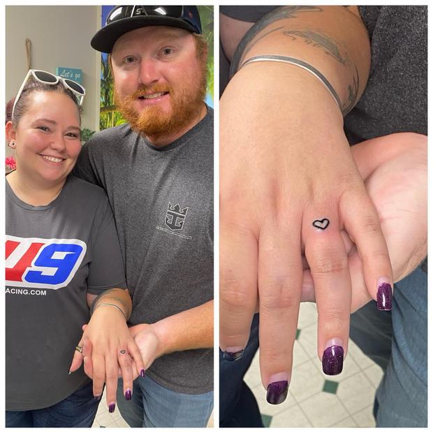I do! Finger tattoo