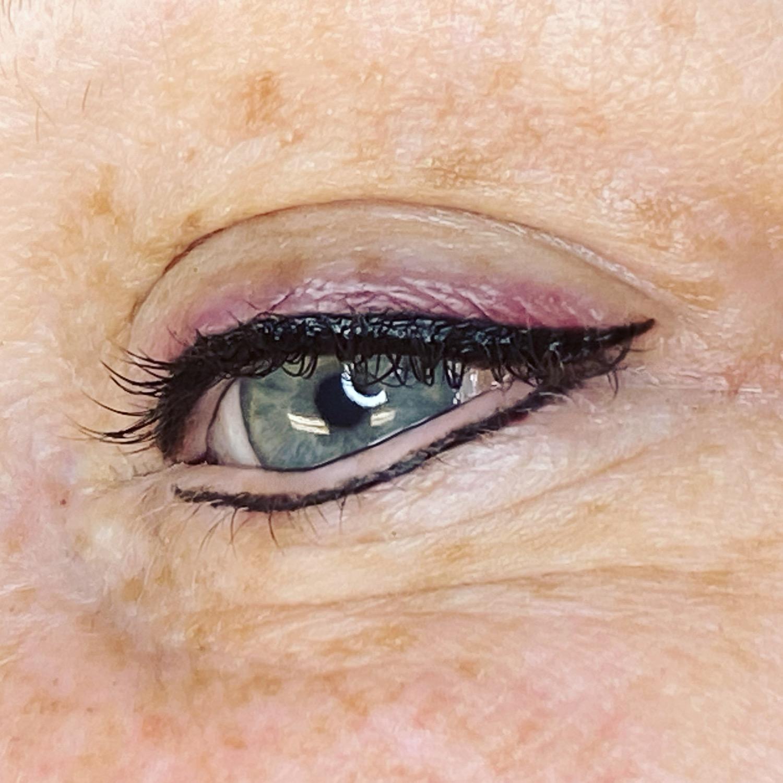 Fresh eyeliner