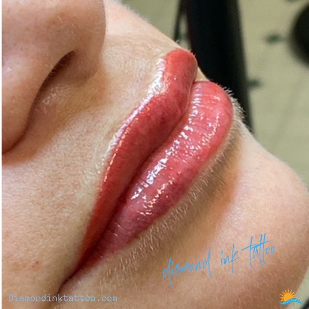 Gloss and go lips