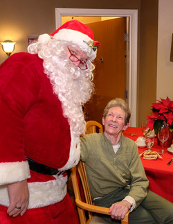 2017  Raleigh Hills Care home hoiliday  Party-56
