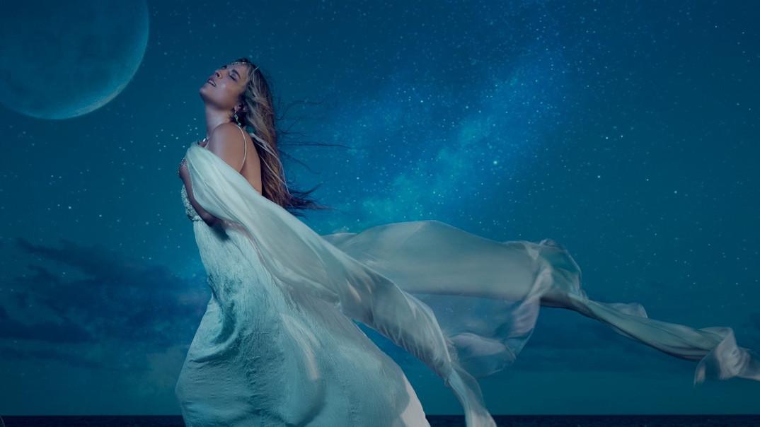 Daniela de mari Moondancer