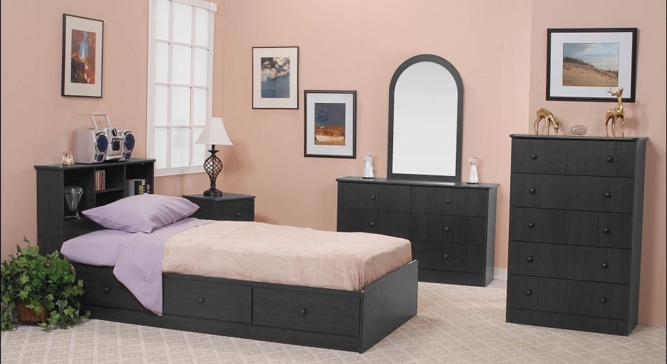 Set Bedroom 6pc. $629.