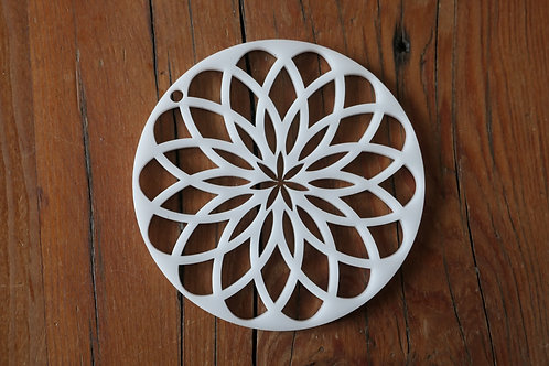"""2.75"""" or 3"""" Soap Disc Pull through Side Mount Kaleidoscope with inner flower"""