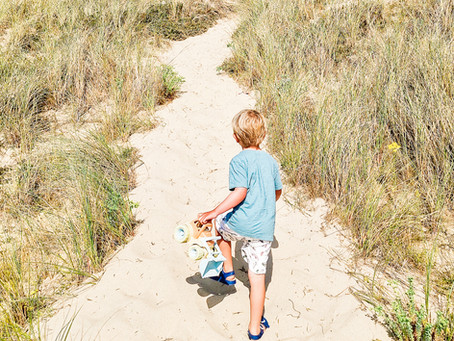 Beach Please! Top 10 Tips for a safe & fun family day out.