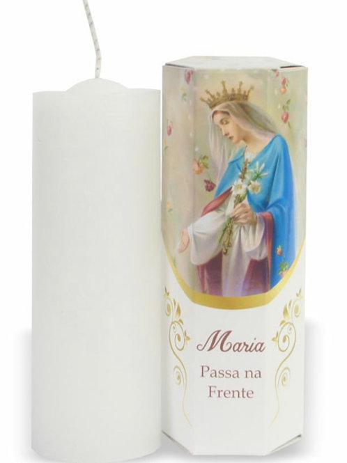 Vela Caixa Sextavada Maria Passa na Frente 13 cm