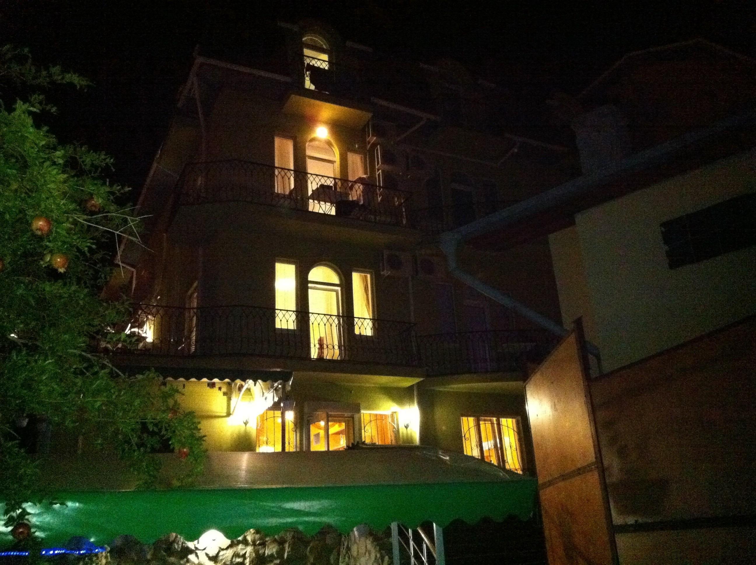 Симеиз, Гостиный дом ОЛИВА-миниотель