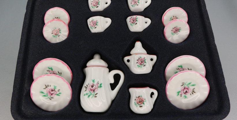 Floral Ceramic Set