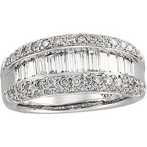 14 Kt. W.G. 1.50 cts. T.W. Diamond Ring