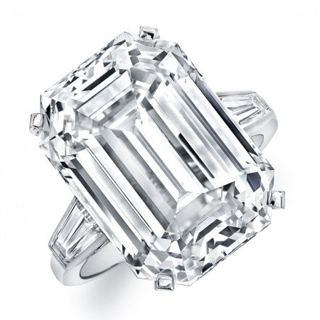 18kt. White Gold Classic Ring