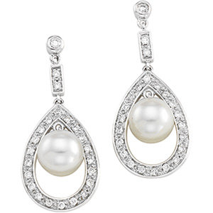 14kt. W.G. Diamond And Pearl Earrings