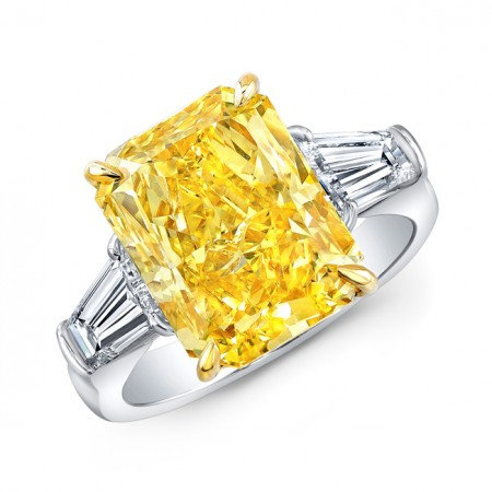 Fancy Vivid Yellow Radiant Diamond Ring