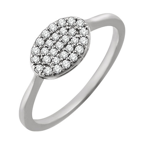 14kt W.G 0.15 ct  Diamond Oval Cluster Ring