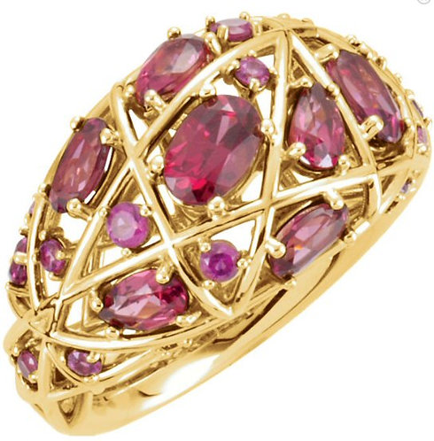 14 kt. Yellow Gold Garnet   Ring