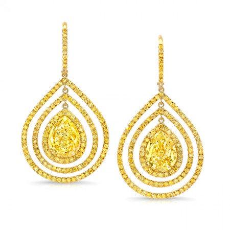 18kt Yellwo Gold Dangle Earrings