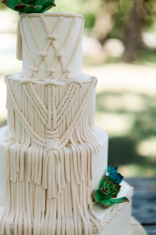 BOHO macrame Wedding cake  Penelope L'amore Photography www.penelopelamore.com Austin Texas Wedding Photographer available for travel